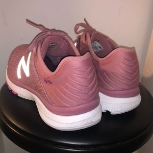 Women's New Balance 860 Running Sneaker